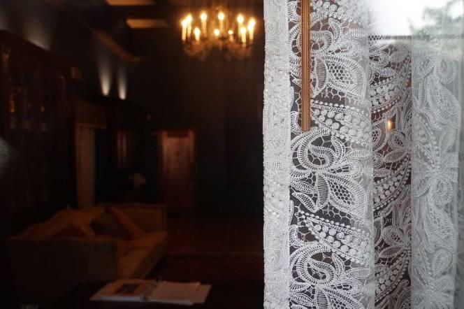 2-DSC00631-cu-lace-curtains