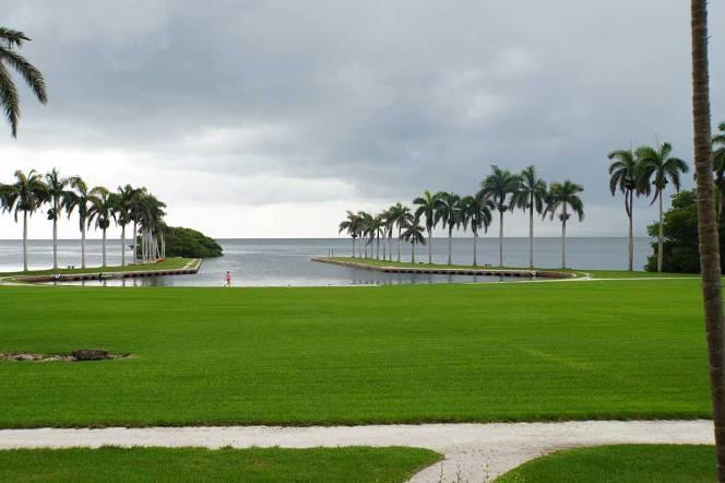 4-DSC00635-boat-basin-green-grass